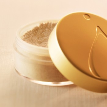 jane iredale AMAZING MATTE LOOSE FINISHING POWDER